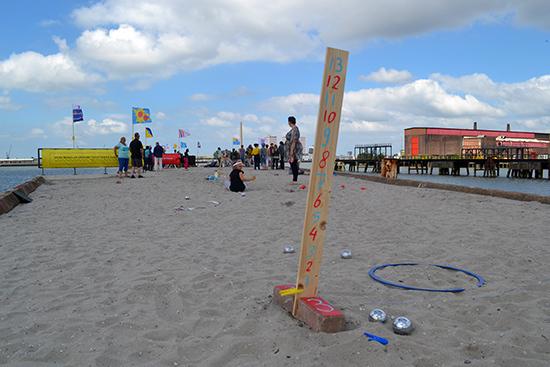 June 15th 2014: Overview from the first Heijplaat Jeu de Boules Tournament. photo by: Yvonne van der Veer