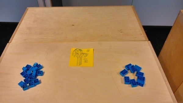 Prototype version of the mini game, showing both separated resources and a product building-plan