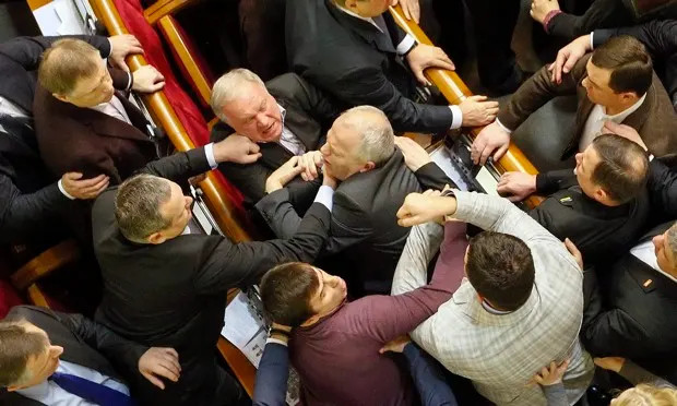 Ukraine-parliament-fighti-012.jpg